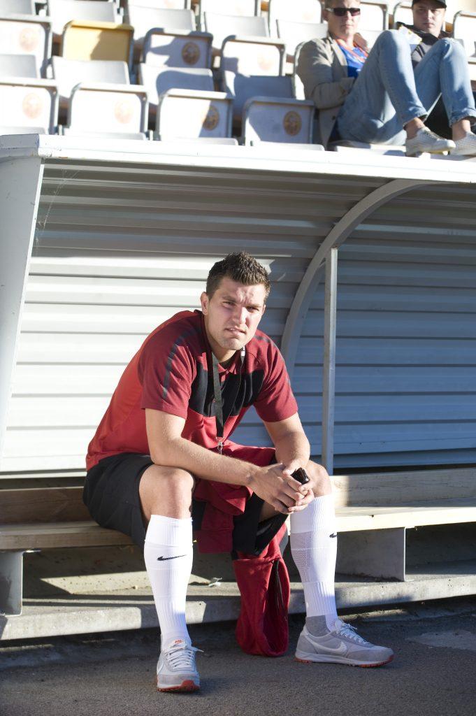 120827 Fotboll, allsvenskan, MjŠllby - Syrianska: Labinot Harbuzi, Syrianska, var utanfšr laget © BildbyrŒn - 64101
