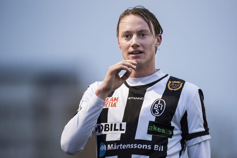 Photo of Pärsson lämnar – Ekvall förlänger