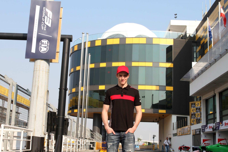 Photo of Eriksson redo för F3-loppet i Macau