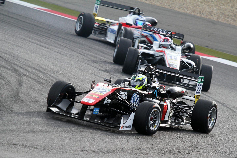 Photo of Joel Eriksson går för guld i Formel 3-EM