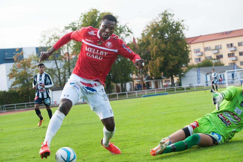 Photo of Edward Ofere klar för FC Rosengård