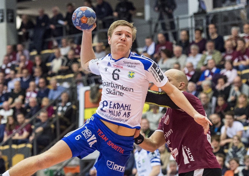 Photo of Emil tillbaka i YIF – biffigare och utan spärrar
