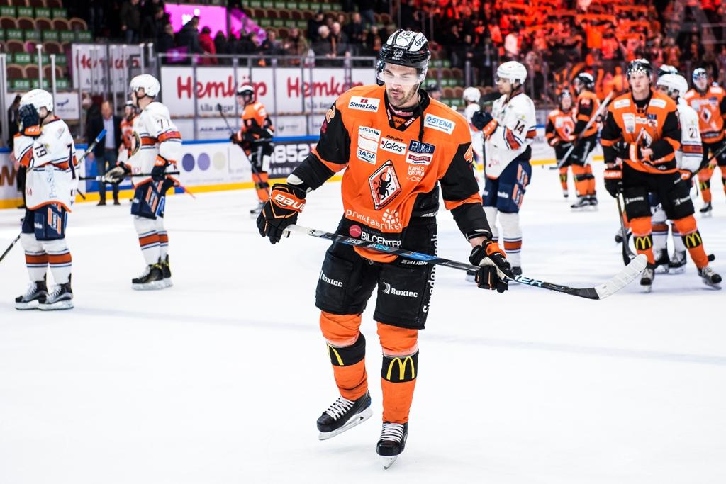 Photo of Niklas Arell klar för Malmö Redhawks