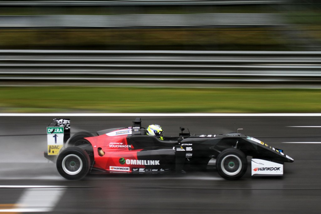 Photo of Regnig testdag för Joel Eriksson på Monza