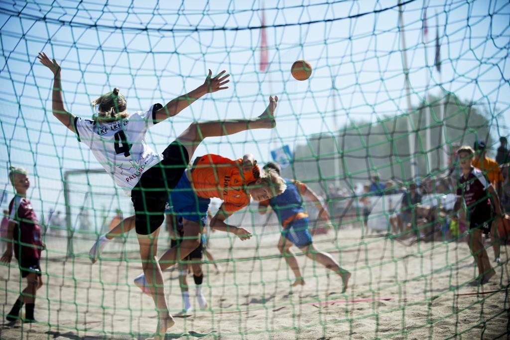 Photo of Beachhandbollen slår rekord i både öst och väst