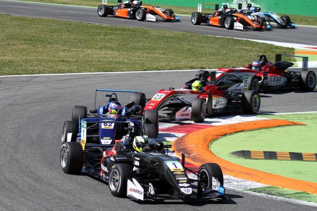 Photo of Fortsatt ledning för Joel Eriksson i Formel 3-EM