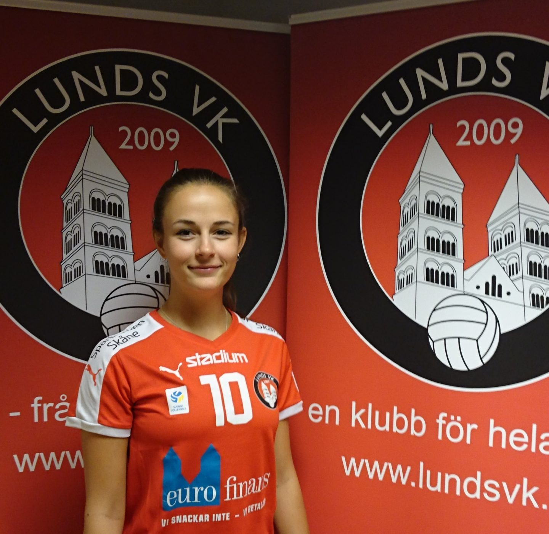 Photo of Leni lirar vidare med Lund