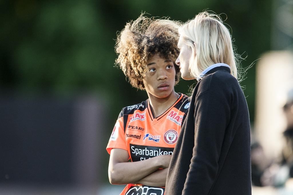 """Photo of KDFF´s supertalang Evelina Duljan – """"Jag vill spela i landslaget."""""""