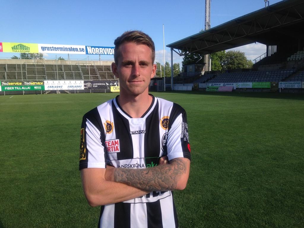 Photo of Rasmus Alm – randig in i själen