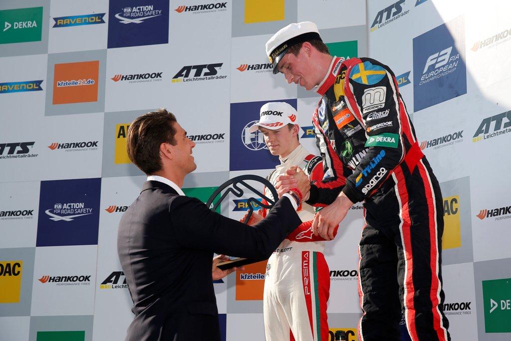 Photo of Joel Eriksson vann igen och leder Formel 3-EM