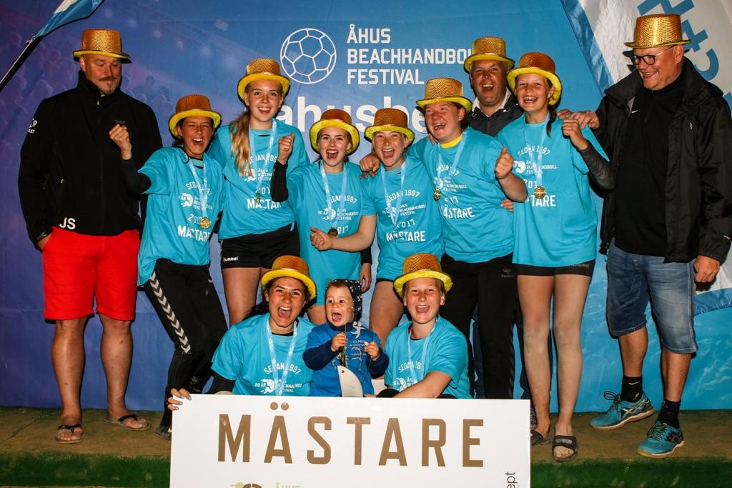 Photo of Tredje titeln för H43 i Åhus Beachhandboll Festival