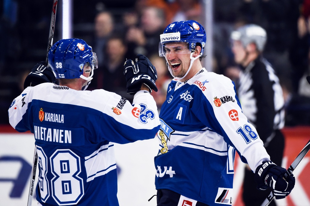 Photo of Rutinerad finsk back Redhawks sista pusselbit