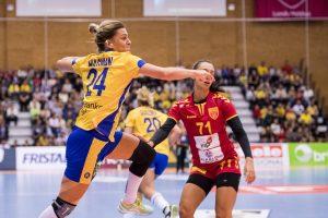 170928 Sveriges Nathalie Hagman under handbollsmatchen i EM-kvalet mellan Sverige och Makedonien den 28 september 2017 i Lund. Foto: Petter Arvidson / BILDBYRN / kod PA / 91859