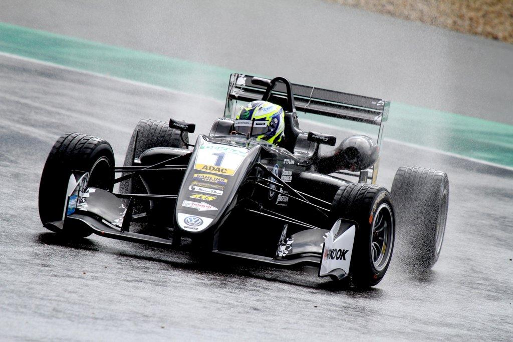 Photo of Tung helg för Joel Eriksson på Nürburgring
