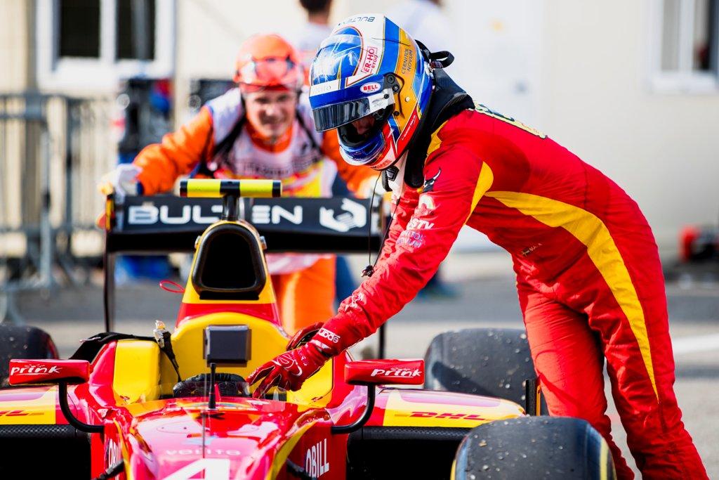 Photo of Nya poäng för Gustav Malja i Formel 2