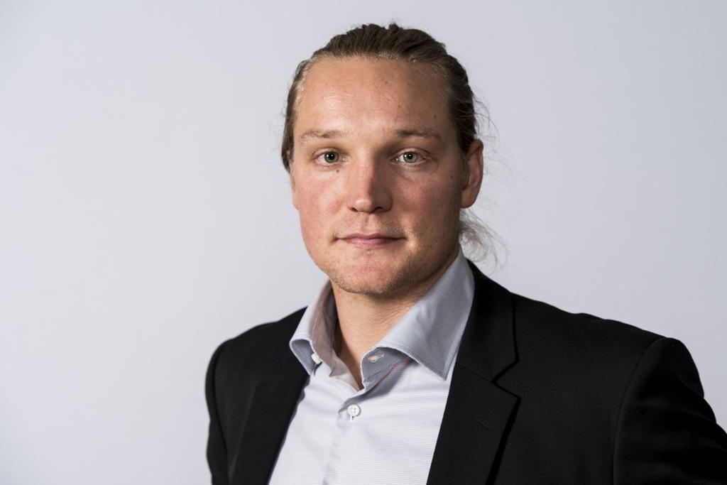 Photo of Carlén om sin tränarroll, framtiden och 30-årskriser