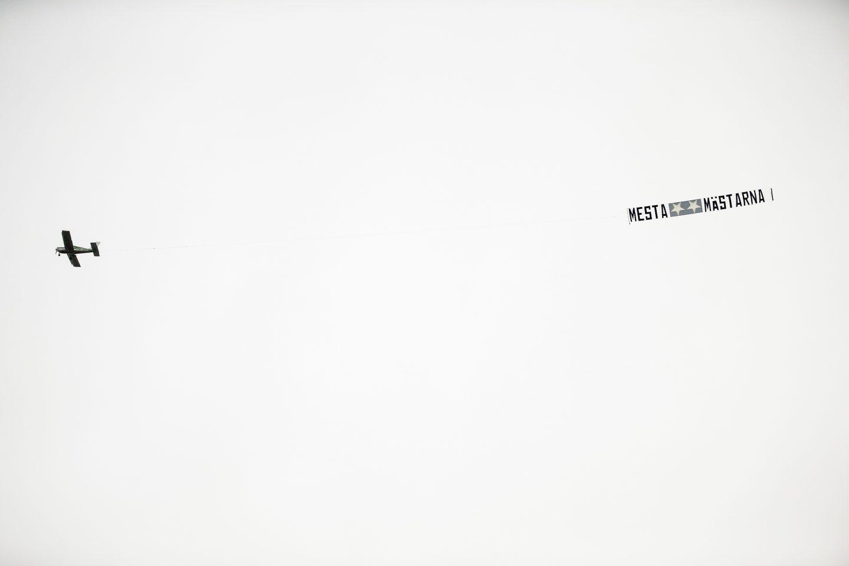 Photo of Historien bakom MFF-supportrarnas flygplanskupp mot IFK Göteborg