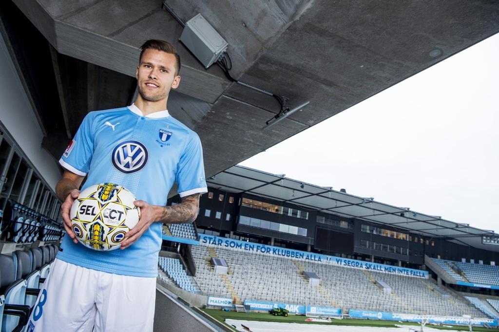 Photo of MFF och VM lockade Traustason till Malmö