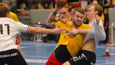 """Photo of Vinslöv jagar Allsvenskan – """"Vi mittsexor är svaga för livets goda"""""""