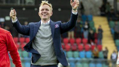 Photo of Guldtränaren Jonas Eidevall kvar i FC Rosengård till och med 2021