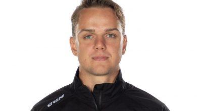 Photo of Anthon Hansson kombinerar jobb i Redhawks och Tyringe