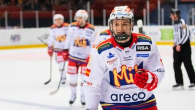 Photo of Backtalangen skriver A-lagskontrakt med Redhawks