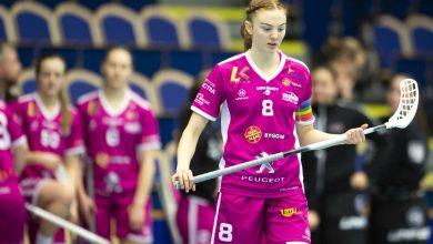 Photo of Ellen Rasmusson prisad som Årets spelare