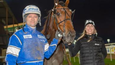 Photo of Lutfi Kolgjini avbröt middagen och sammanförde Dragster och Roger Malmqvist – det blev succé