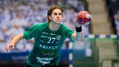 """Photo of Anton Hallbäck: """"Ludde vill ju gärna vara pappas favoritson så det är klart han valde nummer 2"""""""