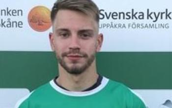 "Photo of Oliver Vingren i Uppåkra IF: ""Vi borde vinna serien"""