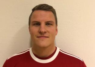 """Photo of Emil Rydh, tränare i Broby IF: """"Vi gör det om krävs och det ha gett resultat såhär långt"""""""